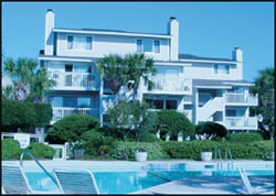 photograph of a Seagrove Villas condo building